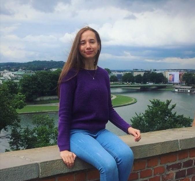 Карина Кницер